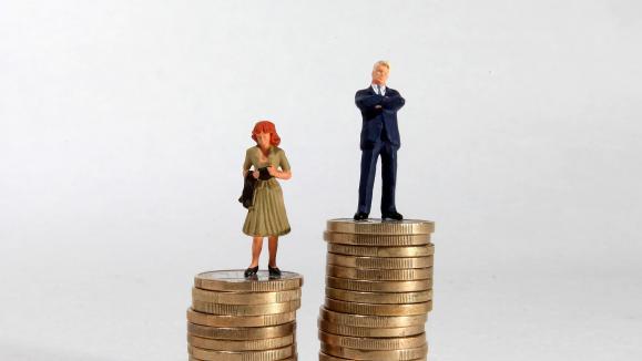 La droite torpille l'égalité salariale