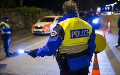 Étrange débat sur la nationalité des policiers genevois