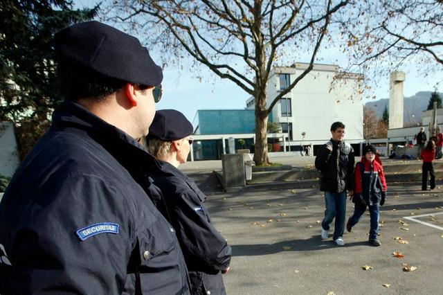 Genève dépense des millions dans la sécurité privée