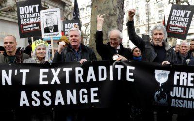 Le Grand Conseil demande un visa humanitaire pour Julian Assange