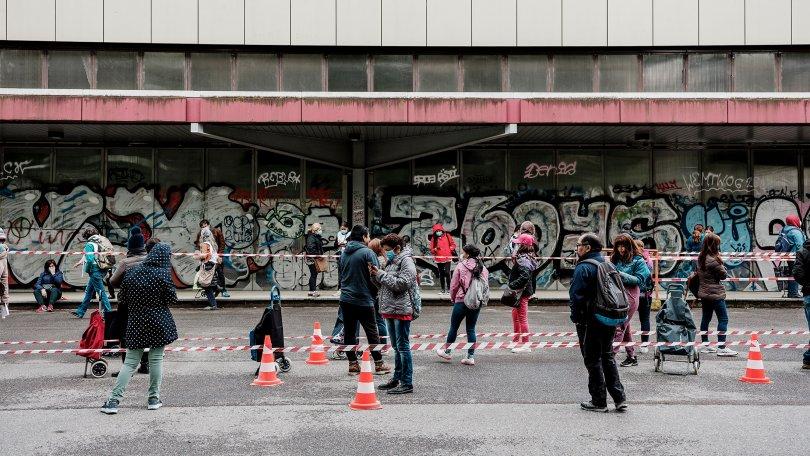 COVID-19 – Le Parlement fait enfin un geste en faveur des travailleurs-euses précaires